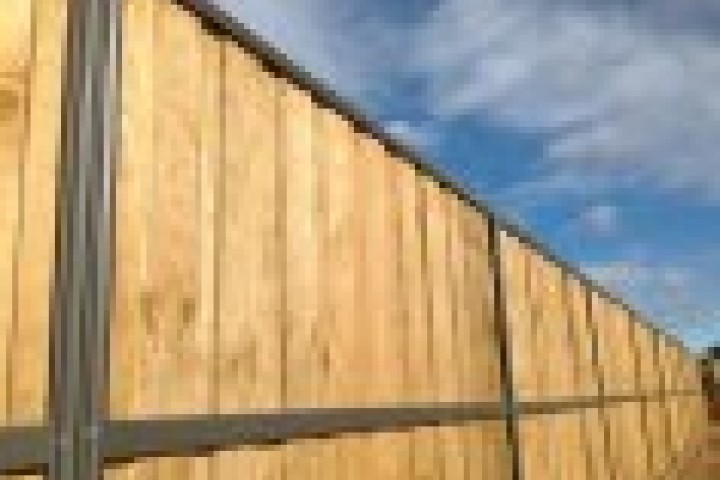 Quik Fence Lap and Cap Timber Fencing 720 480